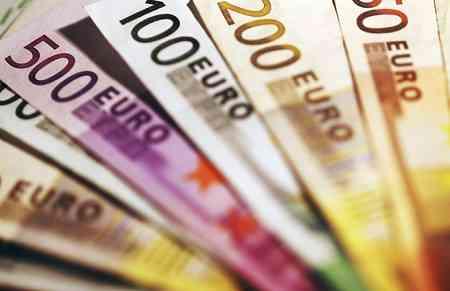 Penyebabnya Dolar AS Menurun, Suku Bunga The Fed Menguat