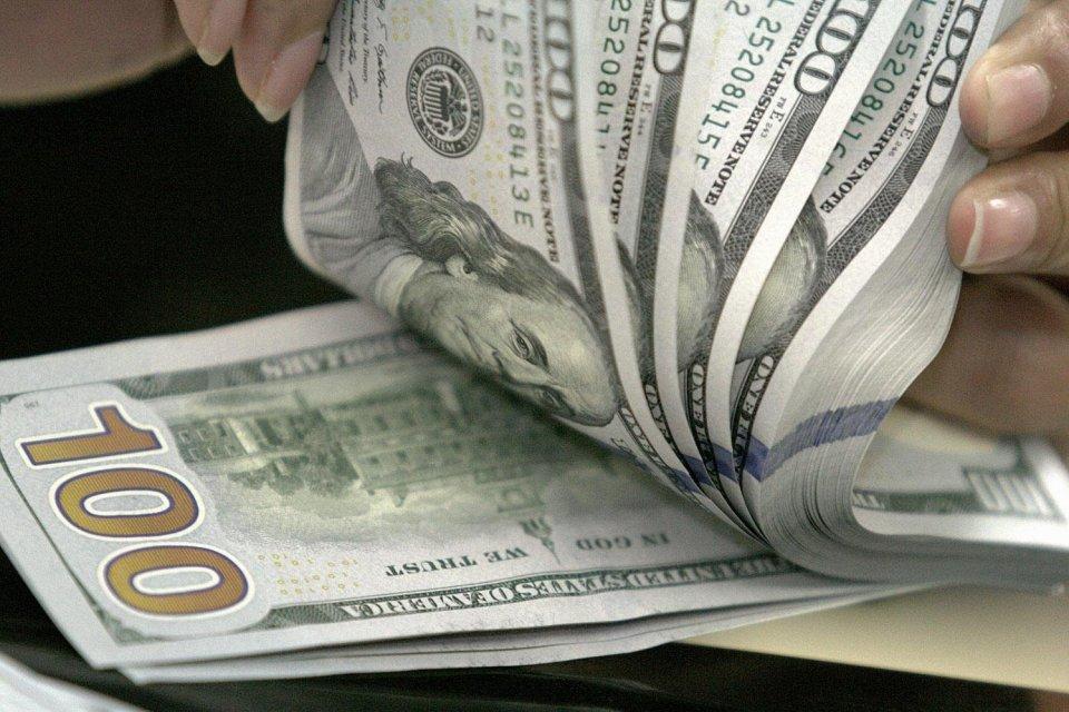 Dolar AS Kian Bertambah Antisipasi Bertambahnya Suku Bunga