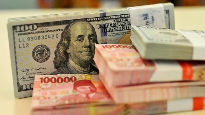 Swashbuckling Dolar Menguat, Sterling Tergelincir