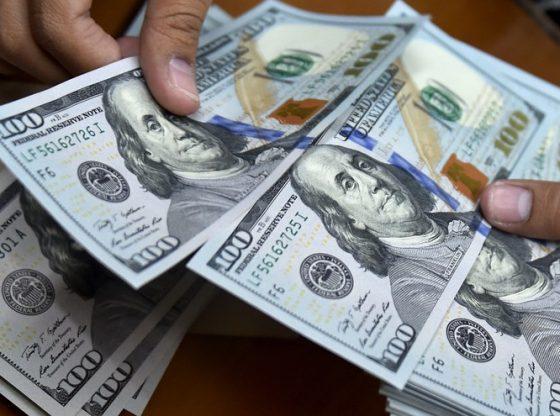 Dolar Sideway, Ketakutan Perkembangan Global